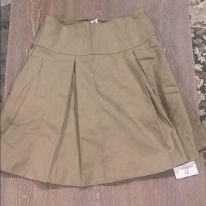 Kahki Dennis uniform skirt🌶5 for 40$🌶